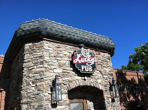 Lucky's Pubs